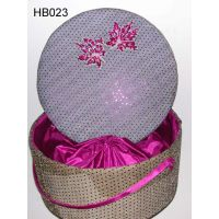 Read more: Decorative Fabric Hat Box