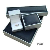 Read more: Quality Jewelry Boxes